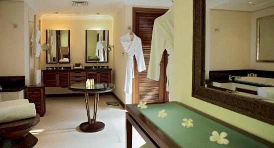 Lemuria Resort