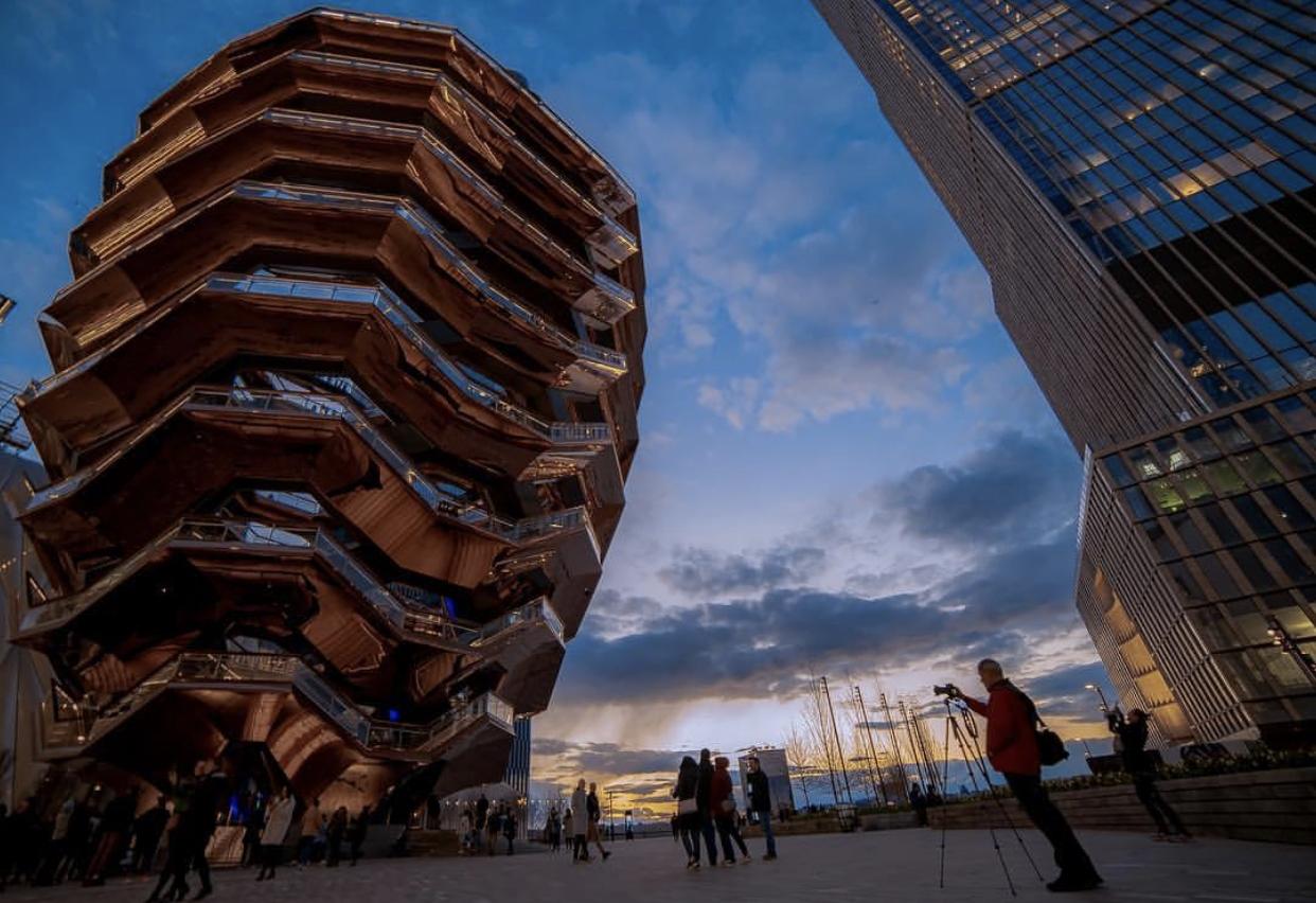 NEW YORK – HUDSON YARDS La scalinata di Heatherwick