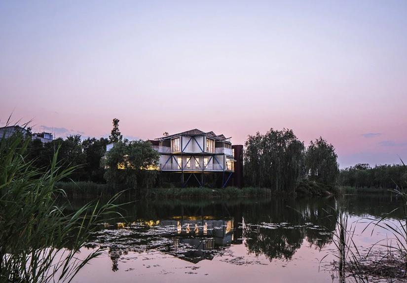 BEIJIN – CHINA Lakeside Plugin Tower
